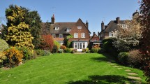Heathgate, Hampstead Garden Suburb, NW11