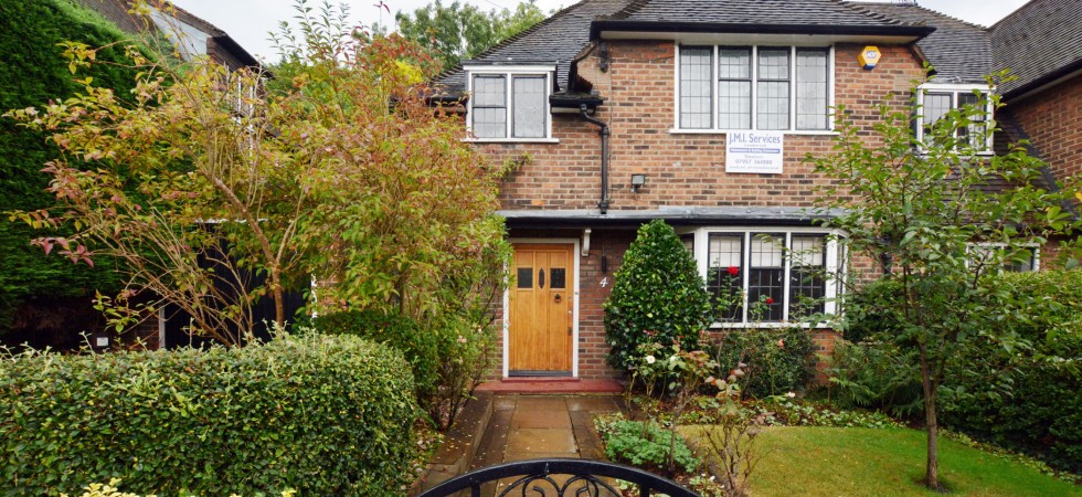 Blandford Close Hampstead Garden Suburb N2