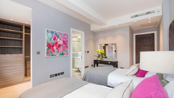 Flat-E-LHR-bedroom-2-1