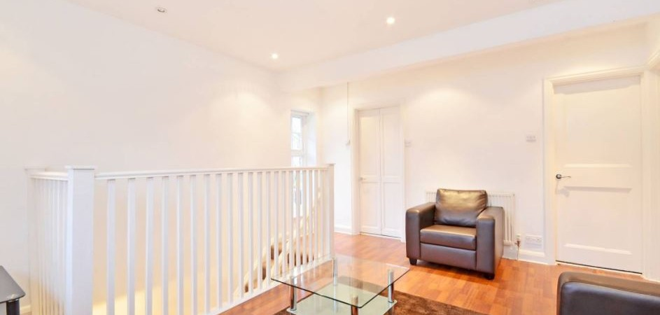 Neale Close Hampstead Garden Suburb N2