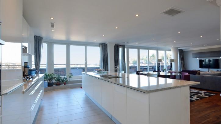 kitchen_reception