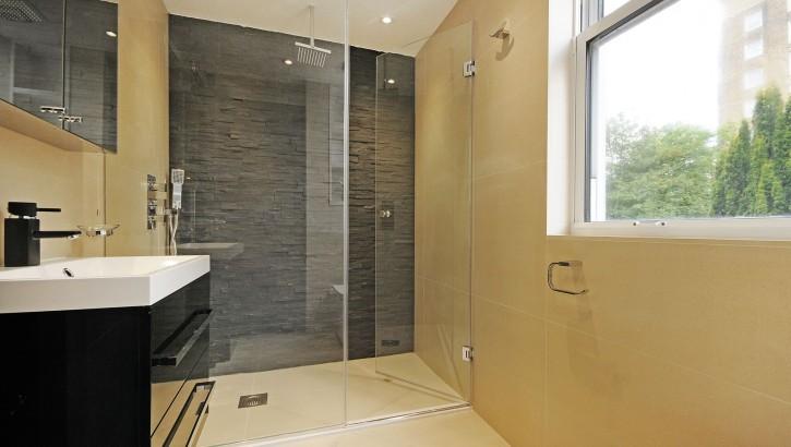 1 CC bathroom 3 second floor