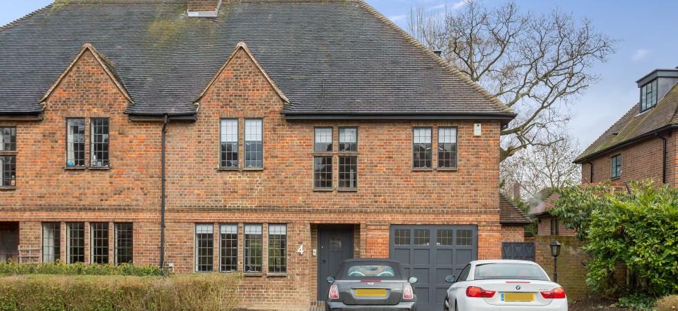 Grey Close, Hampstead Garden Suburb, NW11