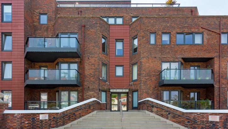 9 West Heath Place, NW11 8NL-018