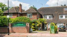 Bancroft Avenue East Finchley/Hampstead Garden Suburb Borders N2