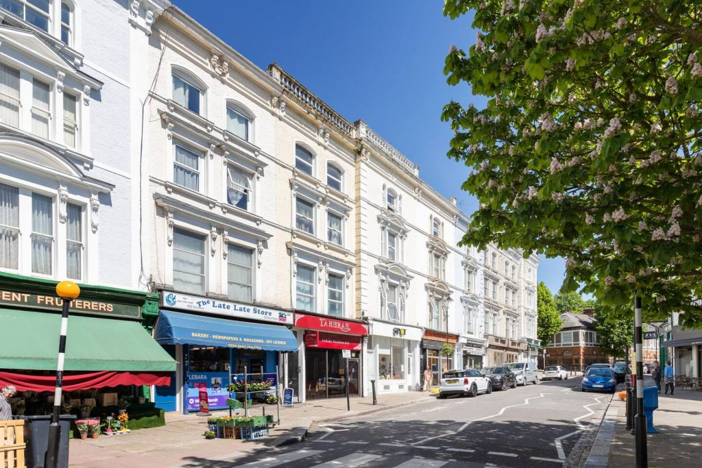 Our Belsize Park area guide by your local property expert, is here to assist you discover the beautiful area, that is this little gem of an area!
