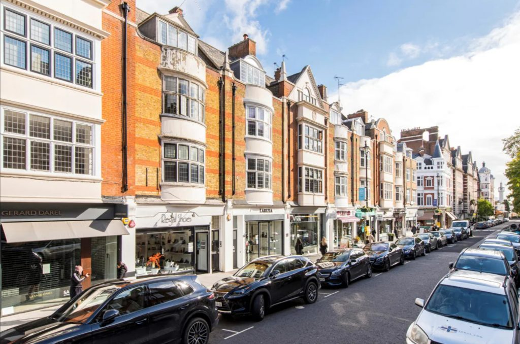 Our St. Johns Wood Area Guide is here to assist you discover the local highlights of St. Johns Wood, a grand and tranquil village in the heart of London!